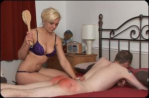 spanking-cepillo
